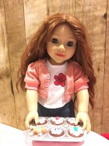 Daniela and cupcakes