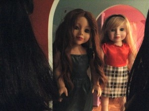 Dolls greeting friends